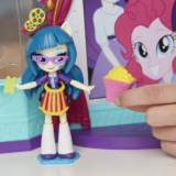 Игровой набор Hasbro My Little Pony Equestria Girls Кинотеатр с куклой Juniper Montage